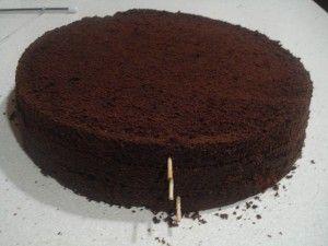 Bizcocho de chocolate en capas