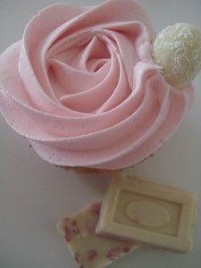 cupcake chocolate blanco y fresas