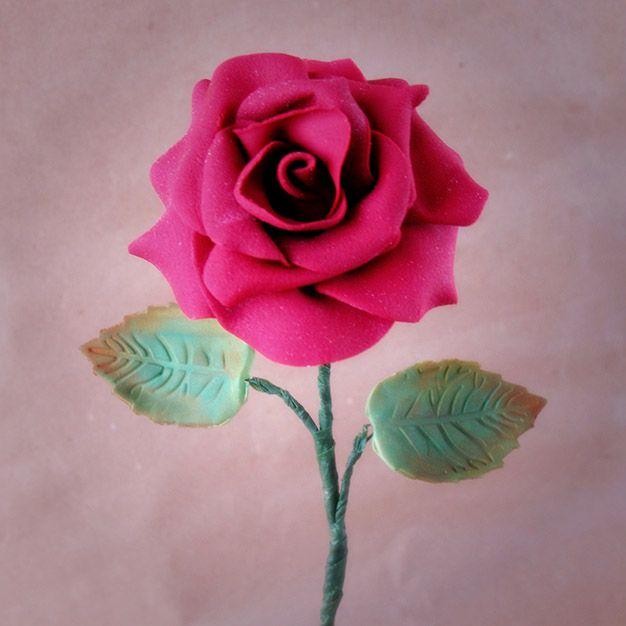 Taller de modelado de rosa con fondant